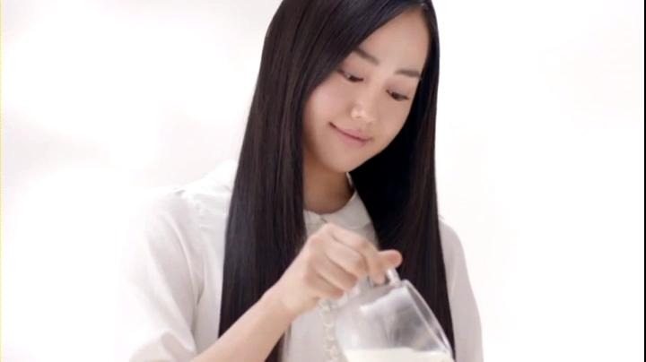 2代目【GTO】野村朋子(宮﨑香蓮)フルーチェCM登場!♪ミルク~と混ぜれば♪