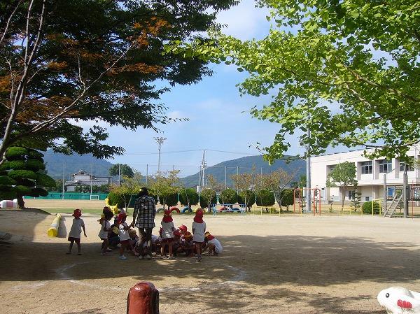 幼稚園園庭遊び