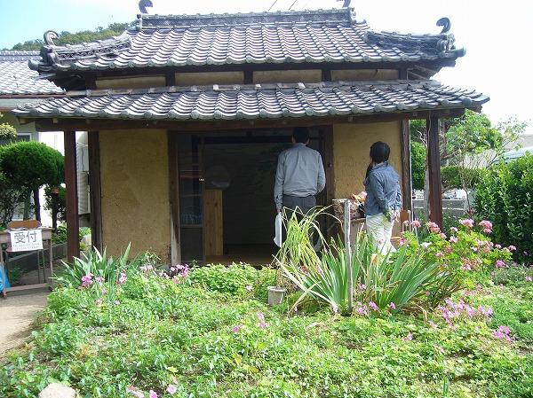 129 続粟島モノガタリの建物