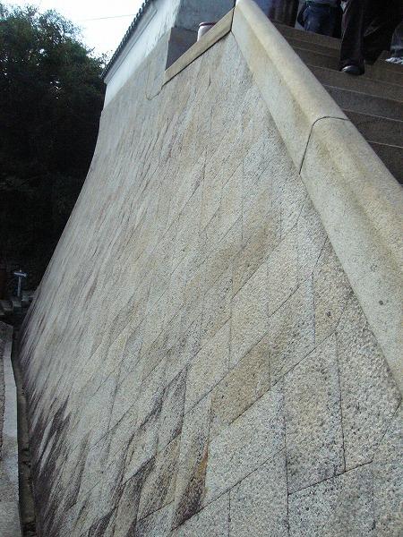 118の家の石垣