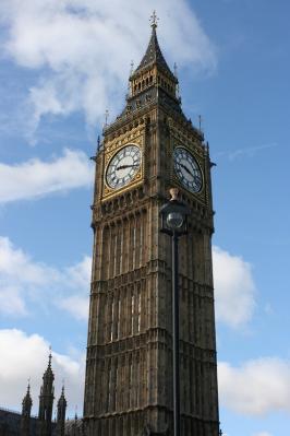 ビックベン 国会議事堂の時計台