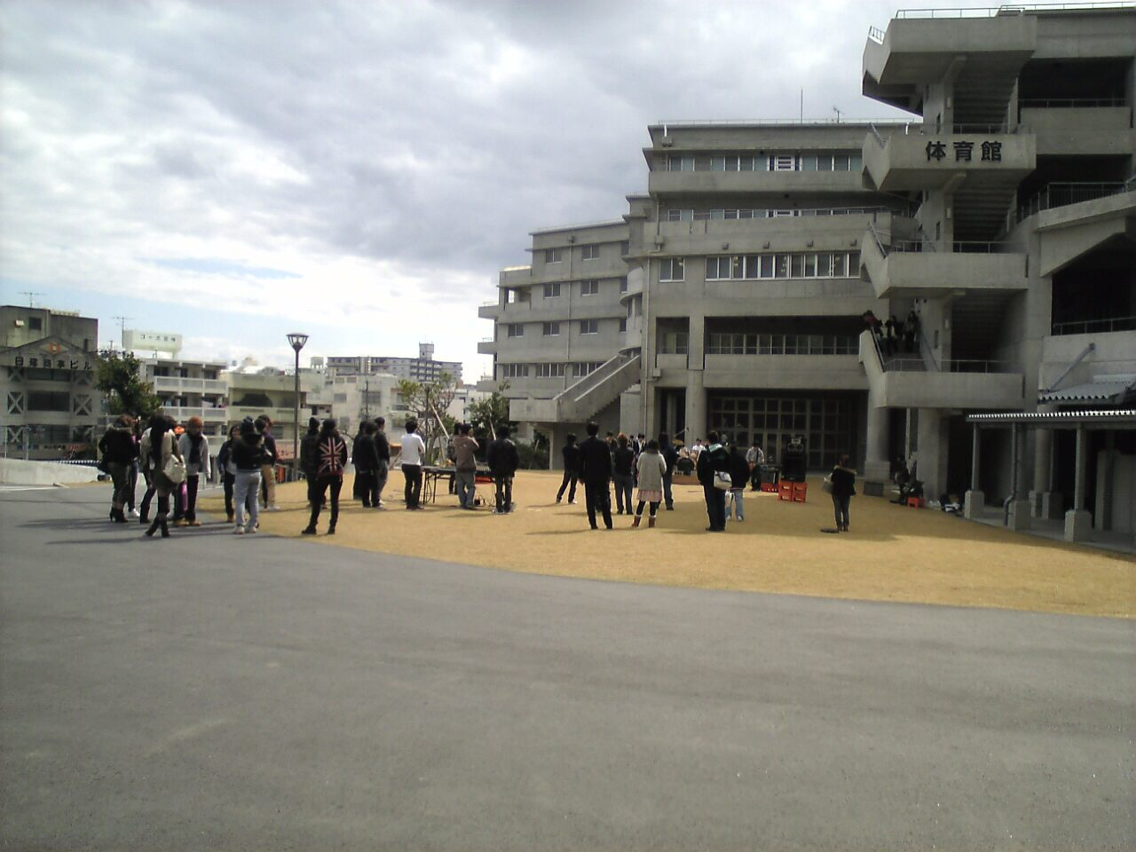 20110201学内ライブ1