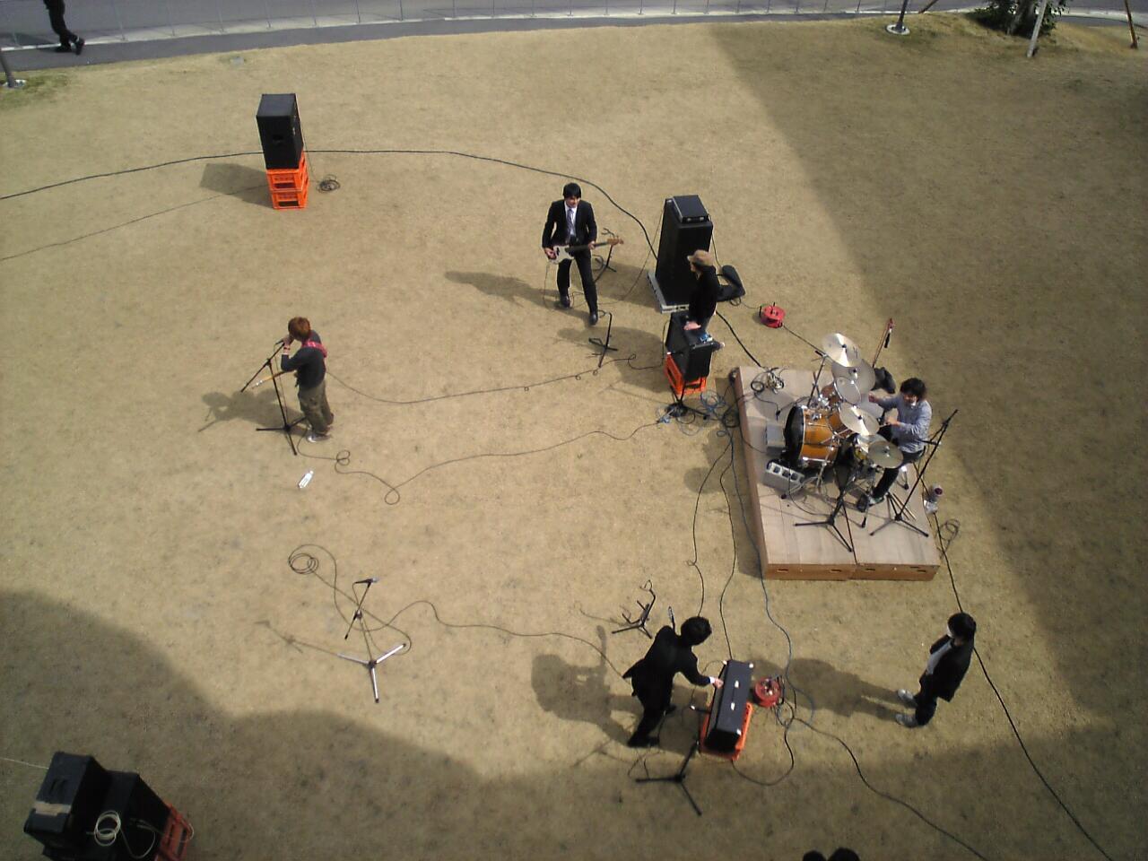20110201学内ライブ3
