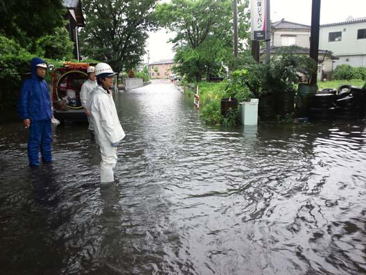 2011 新潟 荒川 大増水 水防団出動