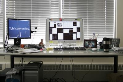 パソコン デスク ディスプレイ itunes