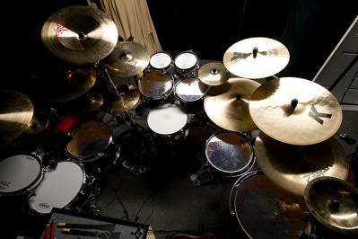 ドラム 楽器 シンバル 低彩度