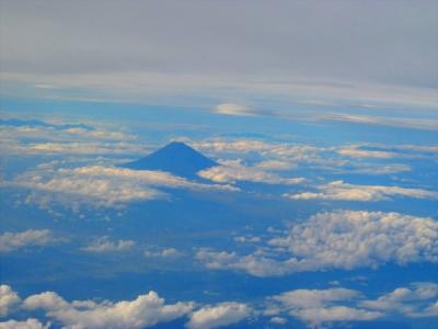 1行きの飛行機富士山