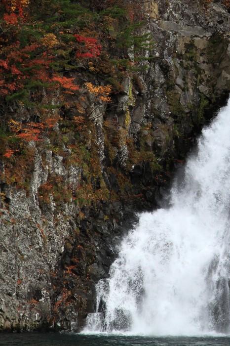 法体の滝2011秋6