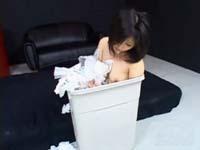 【無修正】美少女を拉致、セーラー服着せて凌辱!ゴミ箱へ