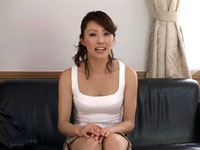 人妻熟女yourfilehost動画:【美熟女センズリ鑑賞】センズリを見てたらドキドキしてきた人妻は発情し大変な事に・・・