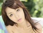 EroNet - えろねっと - : 無修正 国際派ポルノ女優が野外ナマ発情 まりか