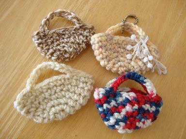 ミニ編みバッグ