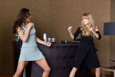 Paula-Patton-and-LC3A9a-Seydoux-in-Mission-Impossible-Ghost-Protocol-2011-Movie-Image-d52d5.jpg