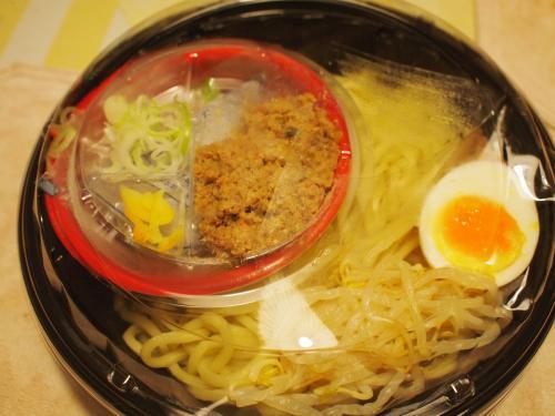 冷やし肉醤麺カップ02