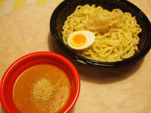 冷やし肉醤麺カップ05