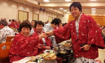 遺族会靖国旅行宴会�_convert_20120306203226