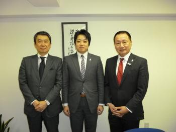 山田宏党首と_convert_20120307181257 (1)
