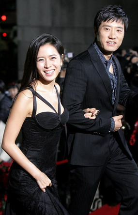 korean-film-awards-2007-son-ye-jin-kim-myung-min-09.jpg
