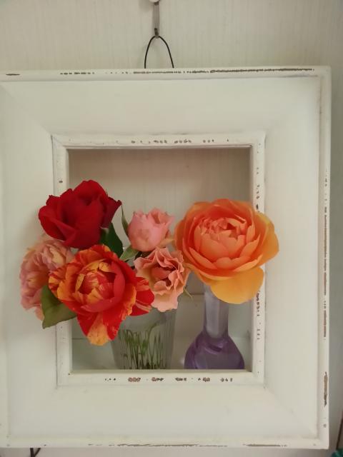 お立ち台のバラ達