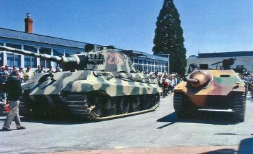 Tigre II Hetzer MUSEE DES BLINDES - SAUMUR the Saumur Tank Museum ソミュール戦車博物館