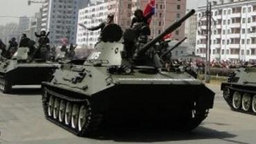 PT-85 水陸両用戦車  北朝鮮人民軍