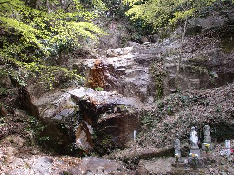 11.4.17岩石山