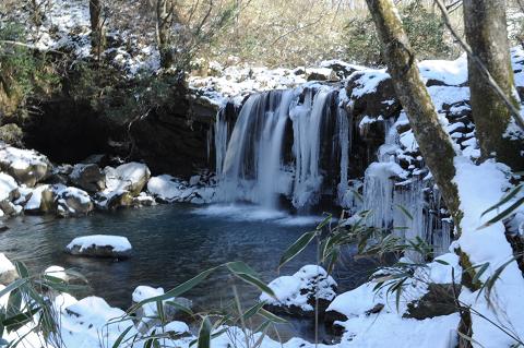 暮雨の滝 (3)