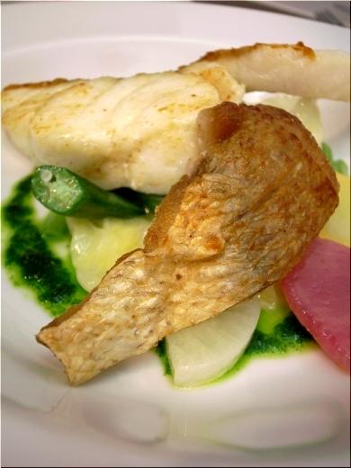 コカブ 魚料理