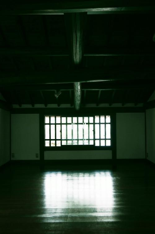 格子の家2階