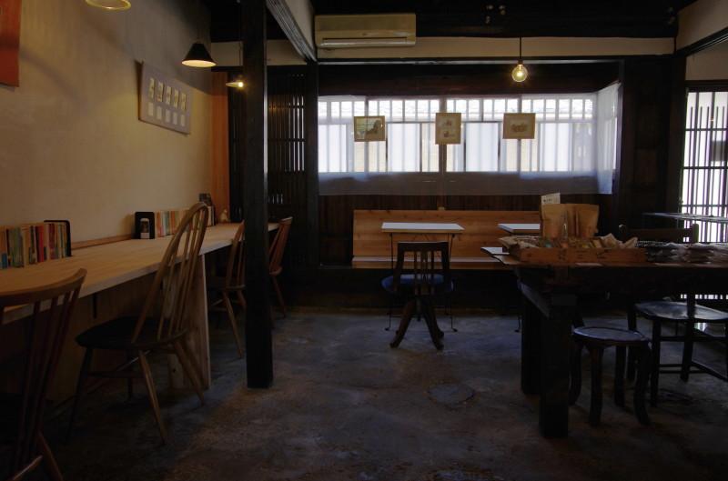 ミジンコブンコ テーブル
