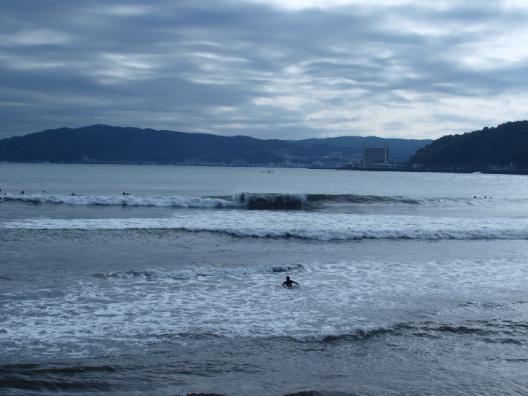 宇佐美の波