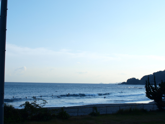 今井浜の波
