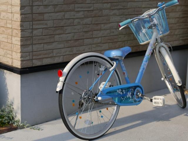 P1140461 青の自転車