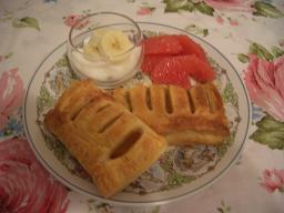 朝食にアップルパイ