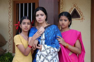 sudeep_eela_telugu_movie_stills_698bc6f_convert_20131221175343.jpg