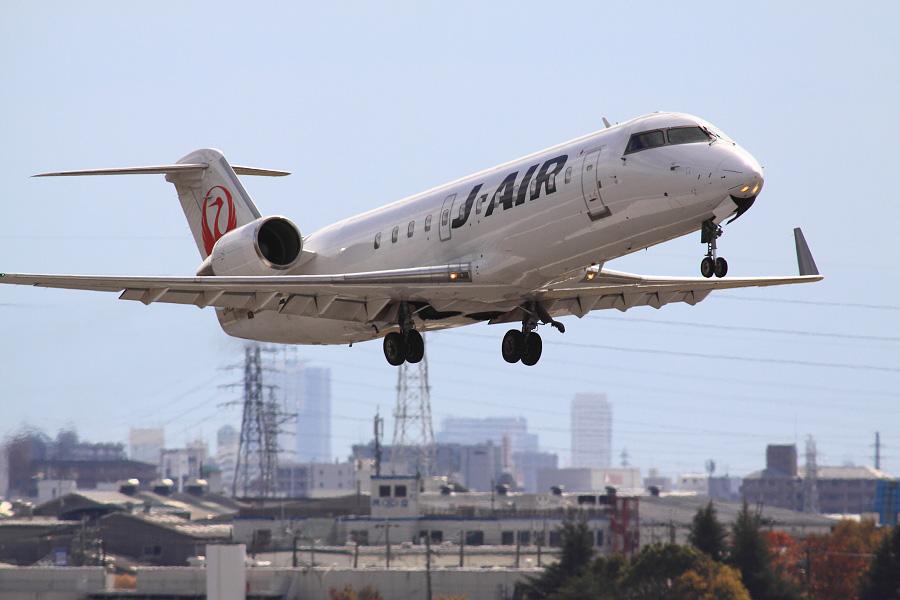 J-AIR CRJ-200ER / JAL2243 (JA206J)@下河原緑地展望デッキ