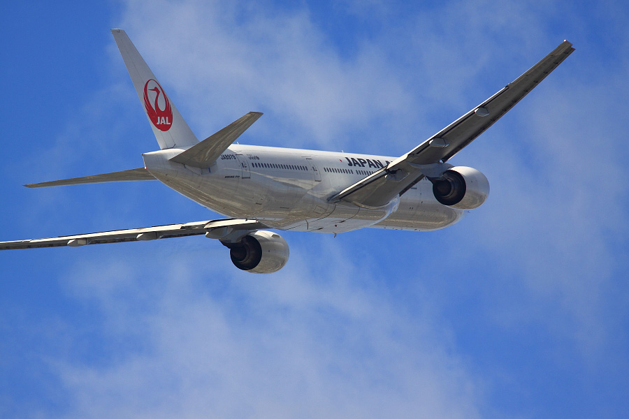 JAL B777-289 / JAL110 (JA8979)@下河原緑地展望デッキ
