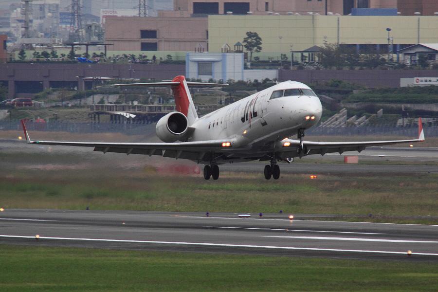 J-AIR CRJ-200ER / JAL2123@下河原緑地展望デッキ