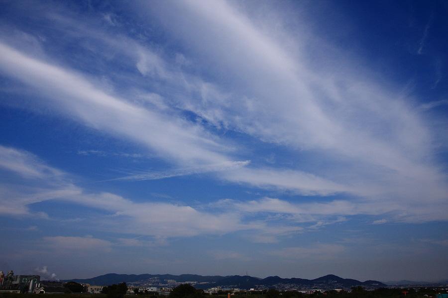 今日の空・宝塚~川西長尾山系@RWY14Rエンド・猪名川土手