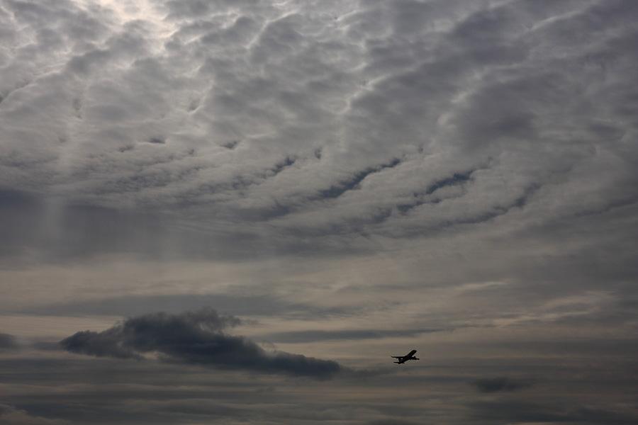 J-AIR Embraer170 / JAL2203 (JA220J)@下河原緑地展望デッキ