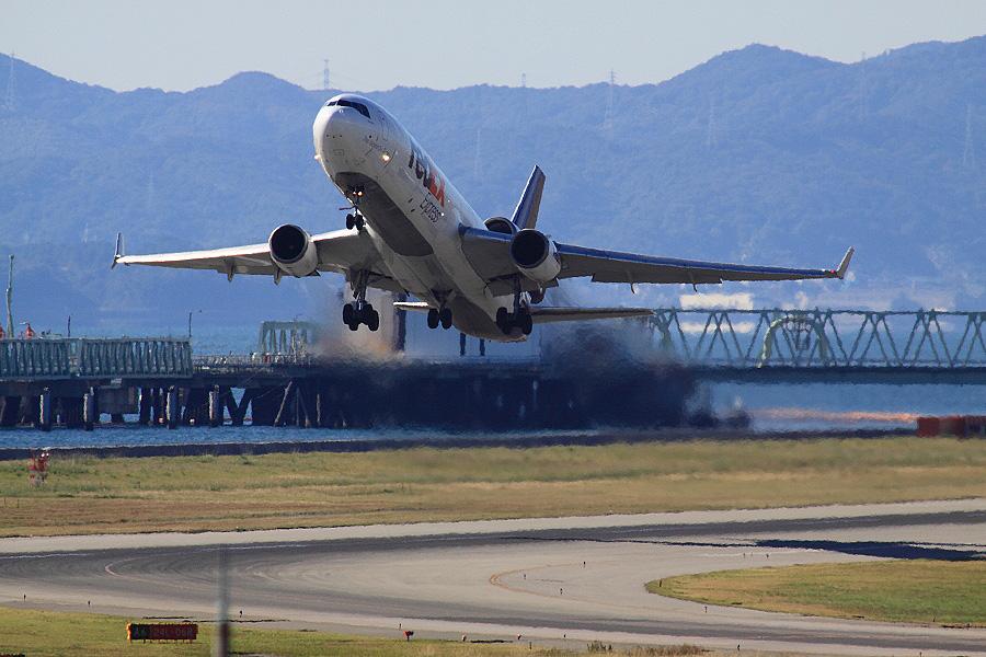 FDX MD-11F / FX5193 (N605FE)@関空展望ホールSkyView
