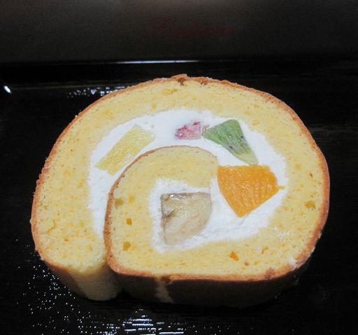 ルーテシアのロールケーキ