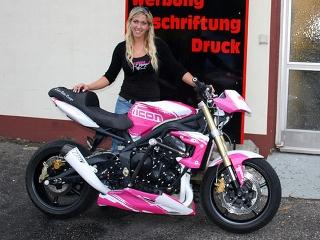 streety-goes-pink.jpg