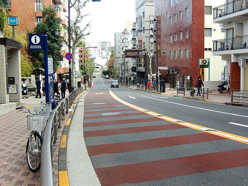 799px-Nogizaka.jpg