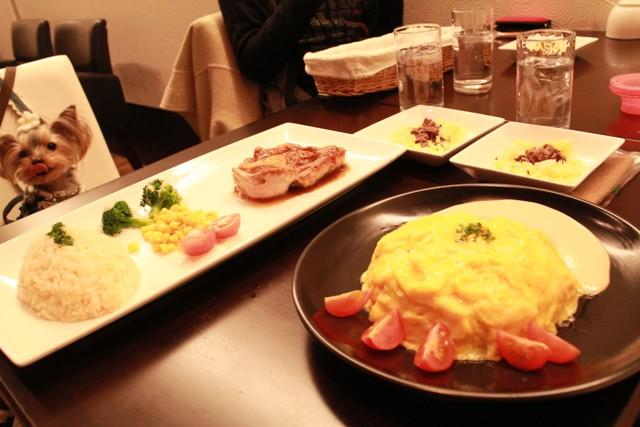 夜ご飯も食べました