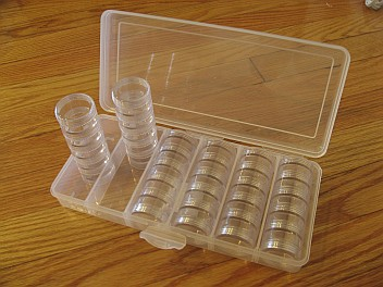 Plastic cases for beads