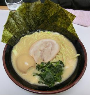 花家スペシャルラーメン(醤油)