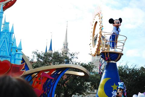 ディズニーランドのパレード~ミッキーマウス~