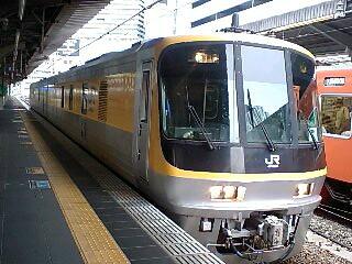 事業用気動車キヤ141系 大阪 01