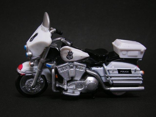 2004 ElectraGlide Police ~サントリーコーヒーボス 走るハーレーバイクコレクション~